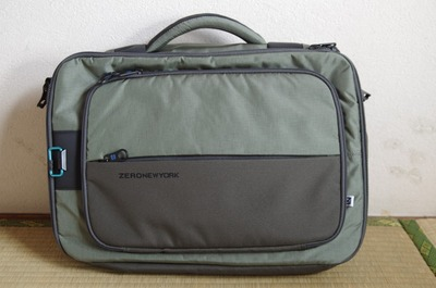 ゼロニューヨークの鞄