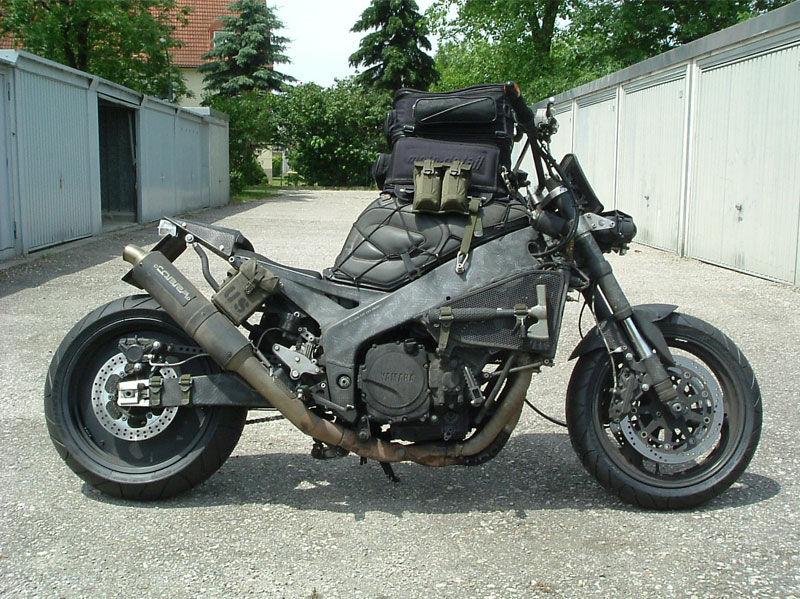 Fzrのカスタム。 バイク馬鹿の日常。