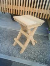 桐の折りたたみ椅子