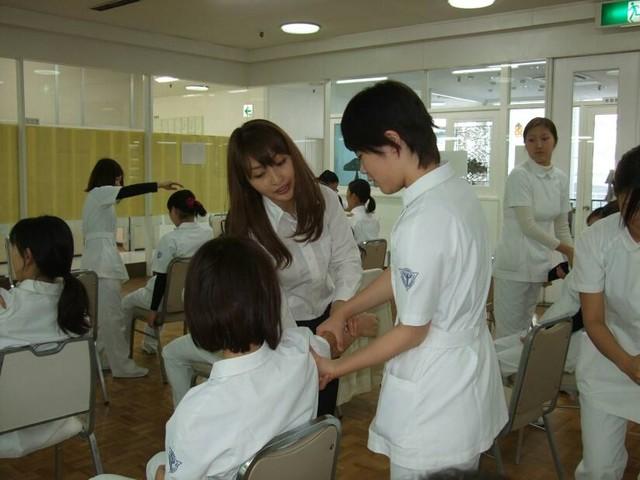 横浜歯科医療専門学校画像