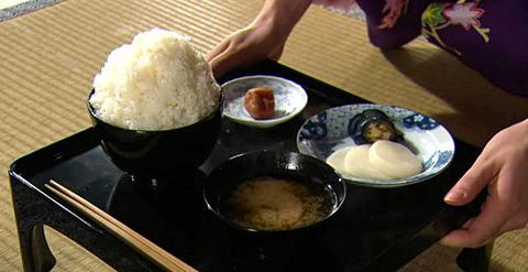 【軍事雑学】信じられないが、本当だ「江戸時代の大食い大会の死亡者と理由」