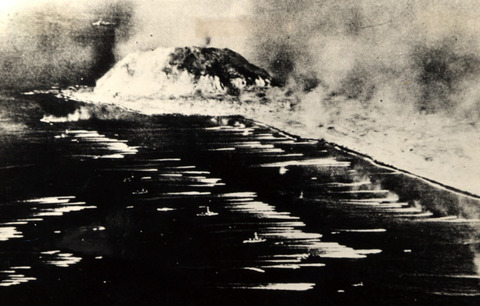 戦争中の不思議な怖い話「硫黄島の戦いの朝鮮人の戦死率」