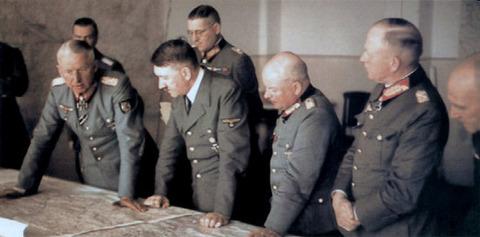 戦争中の不思議な怖い話「連合国の最高機密を入手した国防軍最高司令部」