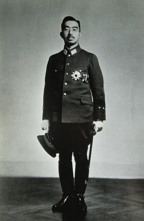 【軍事雑学】信じられないが、本当だ「昭和天皇を軽んじた陸軍と海軍の不敬な呼び方」