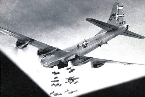 【閲覧注意】戦争中の不思議な怖い話「風船爆弾を恐れた米軍の報復爆撃」