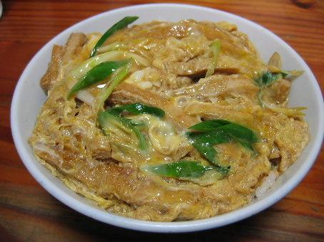 関東人さん「衣笠丼」「木の葉丼」と聞いてもどんな料理かわからない