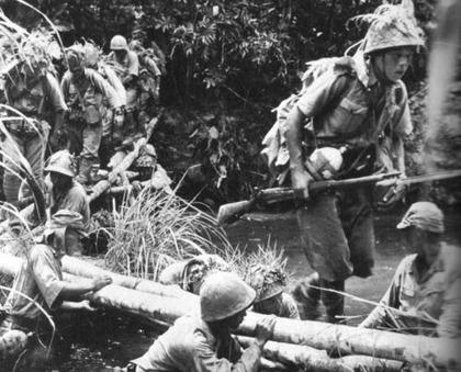 戦争中の不思議な怖い話「旧日本兵と沼地のワニの伝説」