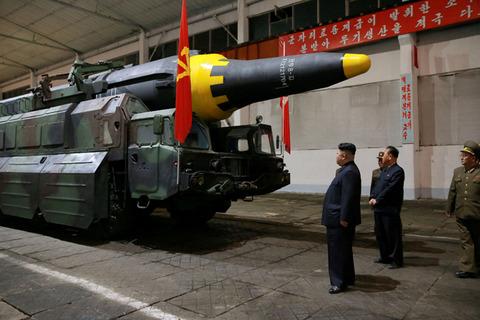 自民党「北朝鮮の脅威は高まってる」ワイ「なるほど」自民党「だから圧力かける」
