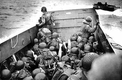 【閲覧注意】戦争中の不思議な怖い話「米軍が上陸できなかった島」