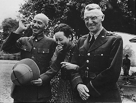 【軍事雑学】信じられないが、本当だ「宋美齢が中華民国空軍の最高実力者をやってた時の話」