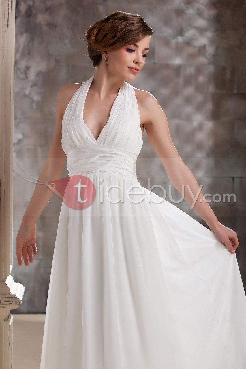 このウェディングドレスの値段はただ11159円だけで買うことができます。それに、発送も無料ですよ。
