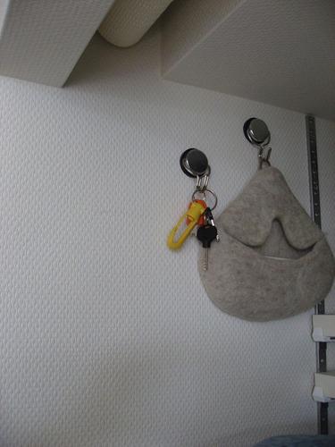 マグピタックルシート・磁石のつく壁