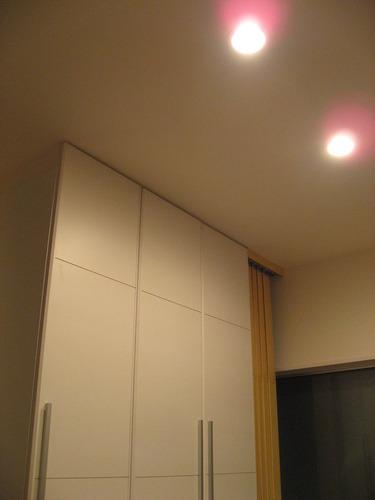 玄関・照明はセンサーダウンライト