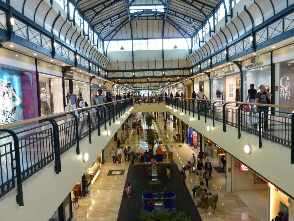 ドイツ ミュンヘン やっちん話:フランスへの旅 - ショッピングモール