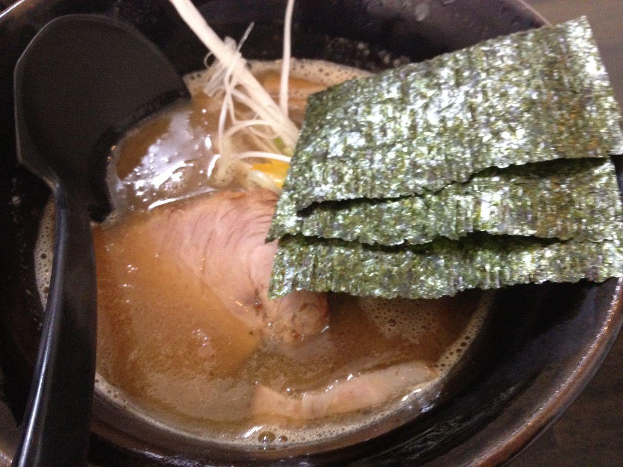 蕎麦とラーメン食べ歩き と読書のブログ                次郎                      次郎                      次郎
