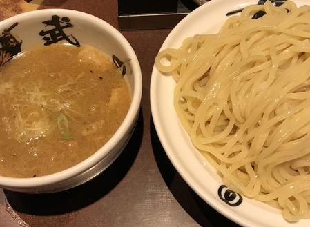 麺屋武蔵 武仁(千代田区神田佐久間町)