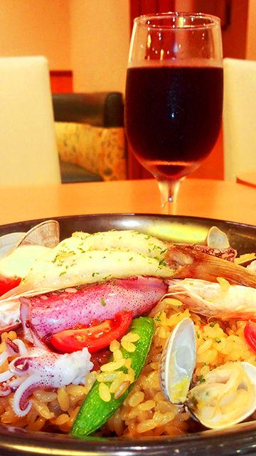 デニーズ テーブル・ワイン(赤) & パエリア