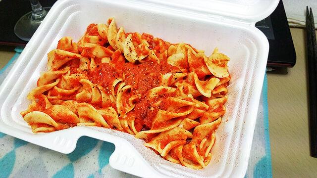 成増 テイクアウト イタリアン unita ウニタ ンドゥィアのアリオーネ、トマトソース、フジローネ ランチ ディナー