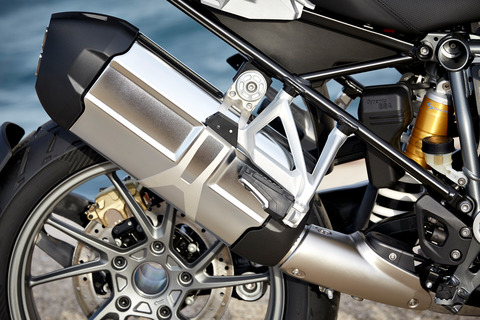 P90235513_highRes_the-new-bmw-r-1200-g