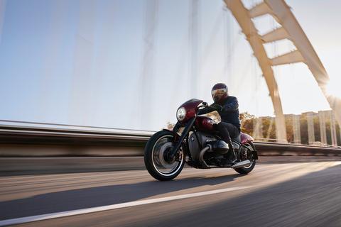 P90375104_highRes_bmw-motorrad-concept