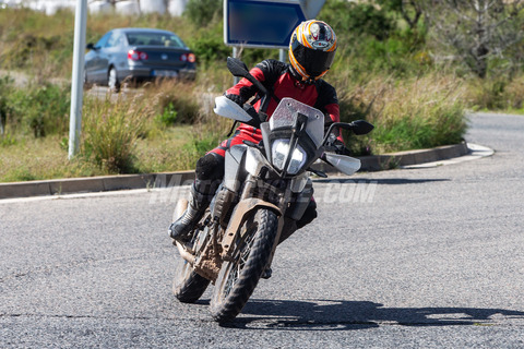 062718-2019-KTM-390-Adventure-001