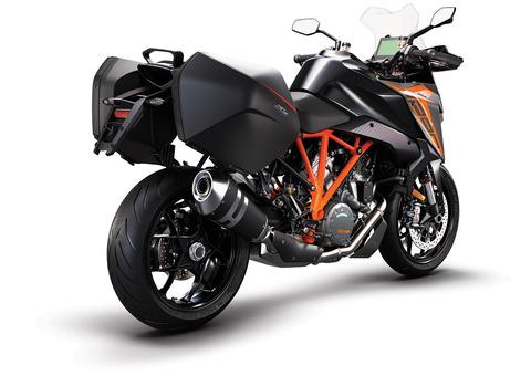 KTM-1290-Super-Duke-GT-MY19-Black-CASE-R