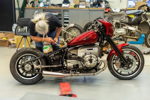 P90375140_highRes_bmw-motorrad-concept
