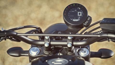 2019-Yamaha-XS700SCR-EU-Tech_Black-Detail-003-03