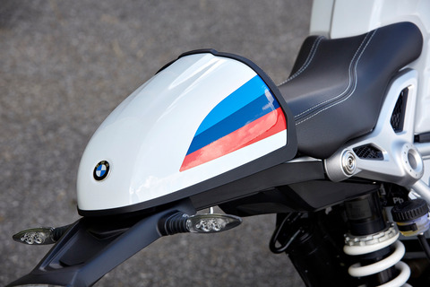 P90232622_highRes_the-new-bmw-r-ninet-