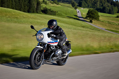 P90232562_highRes_the-new-bmw-r-ninet-