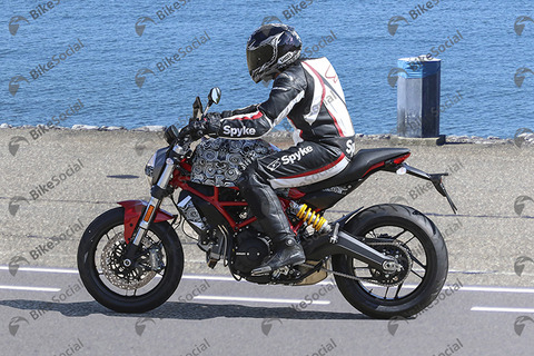 740Ducati Monster 821 facelift 03
