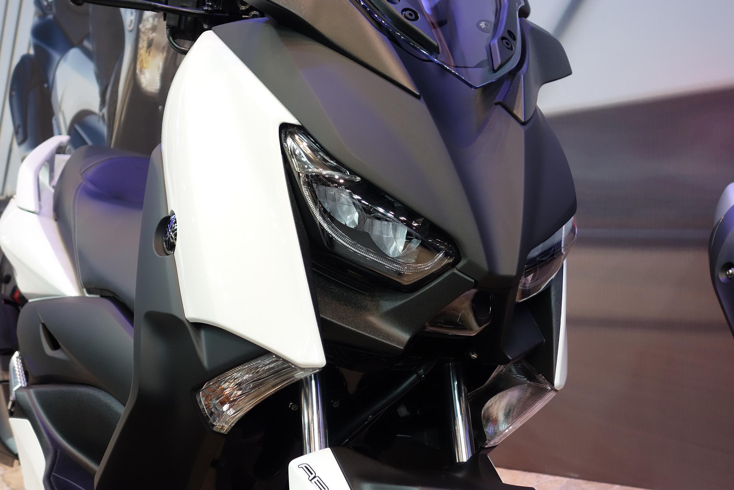 個人的バイクまとめブログXMAX250の東京モーターサイクルショーの写真や情報等コメントコメントする