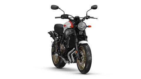 2019-Yamaha-XS700SCR-EU-Tech_Black-360-Degrees-033