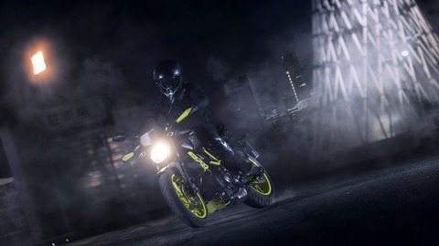 2016-Yamaha-MT-07-Moto-Cage-EU-Night-Fluo-Action-001