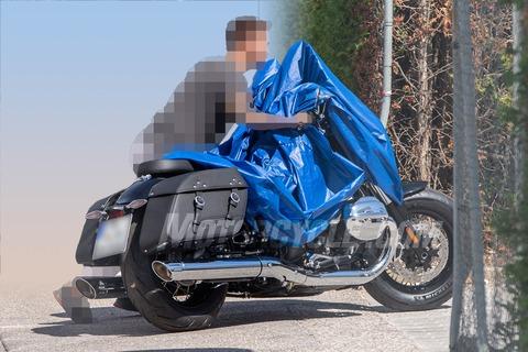 101019-2020-BMW-R1800-C-003