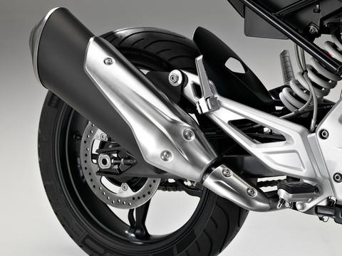 P90204408_highRes_bmw-motorrad-g-310-r