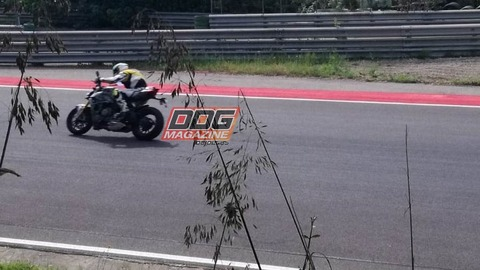 Ducati-Streetfighter-V4-6