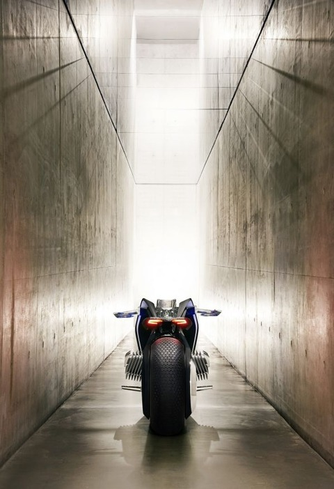 P90238707_lowRes_bmw-motorrad-vision-