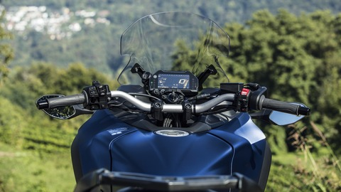 2019-Yamaha-LMWTRDX-EU-Phantom_Blue-Detail-009-03