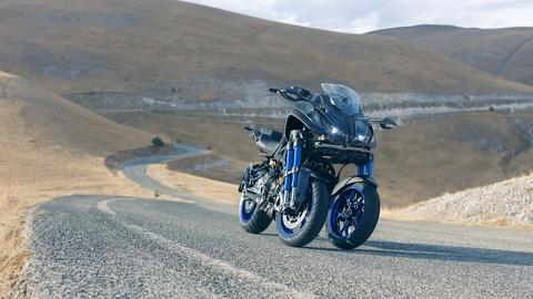 2018-Yamaha-MXT850-EU-Graphite-Static-005