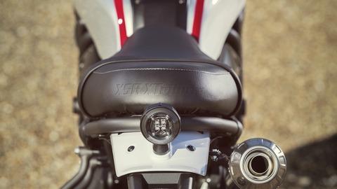 2019-Yamaha-XS700SCR-EU-Tech_Black-Detail-005-03