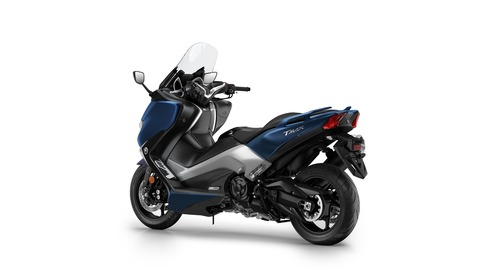2017-Yamaha-TMAX-DX-EU-Phantom-Blue-Studio-005