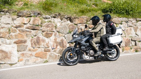 pct_v-strom_1050_action_183_recrop