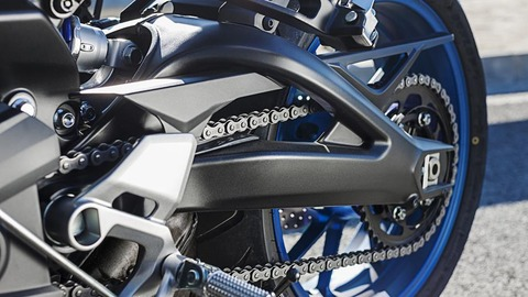 2016-Yamaha-MT-09-Tracer-EU-Race-Blu-Detail-006