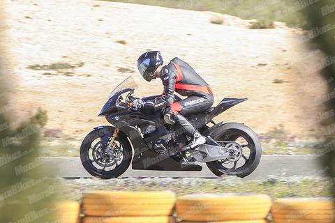 BMW-HP4-Race-001-2