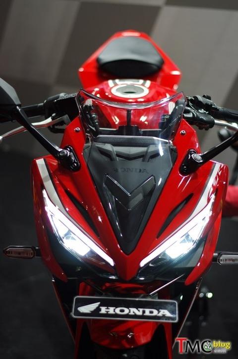 new-2016-Honda-CBR-150R-019 (1)