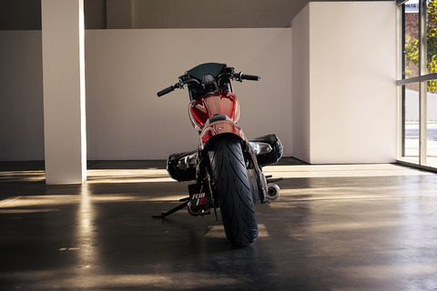 P90375131_highRes_bmw-motorrad-concept