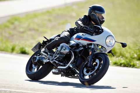 P90232554_highRes_the-new-bmw-r-ninet-