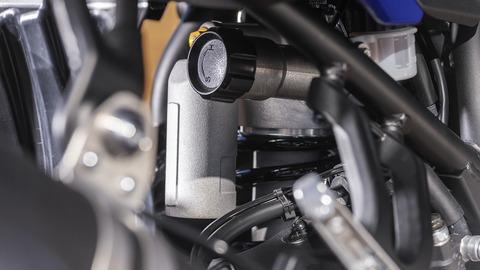 2019-Yamaha-XTZ700-EU-Power_Black-Detail-006-03