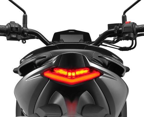Black-150-tail-lamp_5d277061c4021 (1)